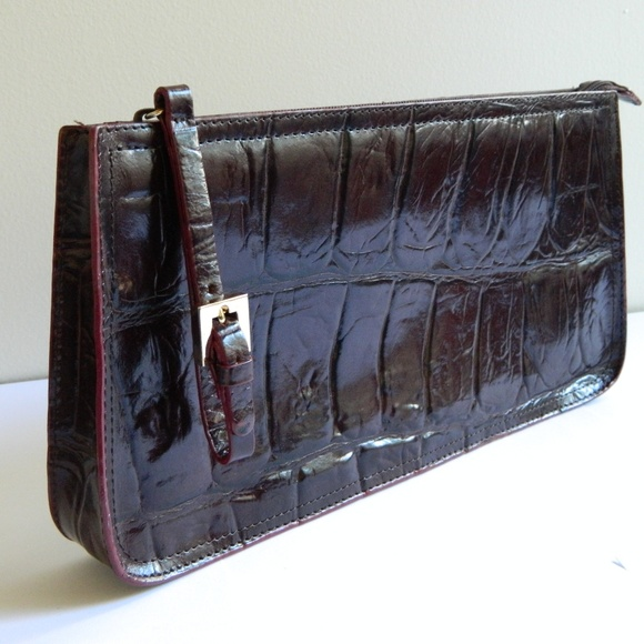 Handbags - Brown Leather Clutch Crocodile Embossed Pattern